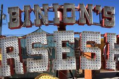 Vintage Vegas from the Neon Museum Las Vegas Love, Neon Museum, Back In Time, Vintage Signs, Gadgets, Posters, Spaces, Clothes, Outfits
