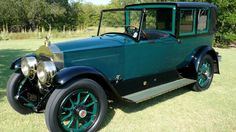 This 1919 Packard Twin Six 3-35 Custom Brougham Landaulet.
