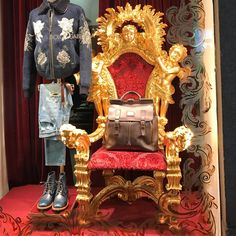"DOLCE&GABBANA, Milan, Italy, ""You seldom, if ever, get lucky sitting down"", pinned by Ton van der Veer"