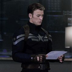 captain america gif because one could never have enough of Steve Rogers.<---Again out of all the suits he's worn that one happens to be my favorite