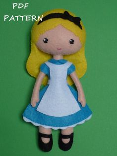 PDF sewing pattern to make a felt doll inspired in Alice