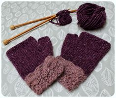 Two tone fingerless mittens knitted in aran weight yarn. The cable wristband is knitted first on straight needles in a contrast colour. The main hand section is knitted in the round. Moss stitch border decorates the edges. Fingerless Gloves Knitted, Knit Mittens, Hand Knitting, Knitting Patterns, Knitting Ideas, Rowan Felted Tweed, Aran Weight Yarn, Moss Stitch, Wrist Warmers