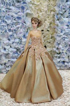 Evening dress for Fashion royalty  / silkstone  dolls by t.d.fashion ooak 17/6/4 #tdfasiondolls