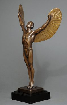 http://images.monstermarketplace.com/museum-quality-bronze-statues/icarus-449x700.jpg