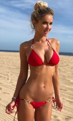 Sexy Girls Pics is loaded with tons of hand-picked photos of naked bikini women . babe with graceful body posing in bikini outdoor ! Sexy Bikini, Bikini Girls, Mädchen In Bikinis, Bikini Swimwear, Bikini Beach, String Bikinis, Tumbrl Girls, Bikini Bodies, Sexy Women