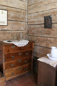 Riuttalan Talonpoikaismuseo - museum's rustic peasant atmosphere has remained intact and it's distinctive architecture provide a great Finnish attraction. Finland, Farmhouse, Museum, Rustic, Architecture, Antiques, Furniture, Home Decor, Country Primitive