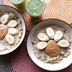 😍Breakfast😍 Quinoa Porridge with banana and cashew butter washed down with our Go To Green Smoothie from M x Whole Food Recipes, Cooking Recipes, Healthy Recipes, Hemsley And Hemsley, Quinoa Porridge, Quinoa Breakfast, Cashew Butter, Healthy Eating, Healthy Food