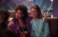 Netflix: οι 10 καλύτερες τηλεοπτικές σειρές παραγωγής της - TV - αθηνόραμα digital Natasha Lyonne, Taylor Schilling, Robin Wright, Mindy Kaling, Kevin Spacey, Walter White, Shows On Netflix, Netflix Series, Netflix Netflix