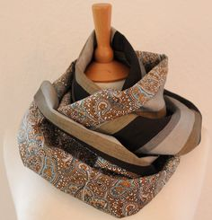 Unisex Loop/ Schal/ Schauchschal/ Paisley/ von SongbirdFashion, €24.90