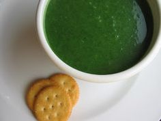 she's in the kitchen: spinach soup