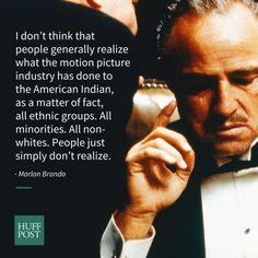 「陰険な日本人などの演技は馬鹿馬鹿しい」マーロン・ブランドは40年以上前からハリウッドの人種差別を訴えていた