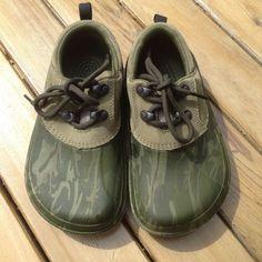 2233ac3a0f2b CROCS All Terrain Camouflage Shoes Juniors M1 W3 EUC Camo