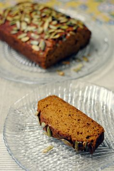 pumpkin ginger bread - light, moist and tastes great with sweet potato puree instead of pumpkin