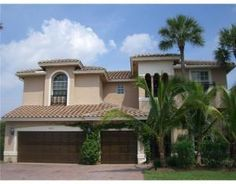 Boynton Beach Roofer, GIRoofers 561-880-3456 has been serving the Boynton Beach Area since 1948. We focus on providing excellent roofing and customer service. http://giroofers.com/roofing