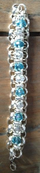 Bracelet aqua and crystal