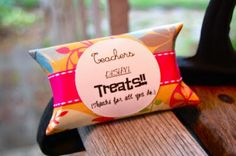 toilet paper rolls Homemade Stocking Stuffers, Homemade Gifts, Teacher Appreciation Gifts, Teacher Gifts, Craft Gifts, Diy Gifts, Paper Towel Tubes, Host Gifts, Toilet Paper Roll Crafts