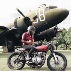 Miss @daniellevee and her Honda CB550 'Peggy' by @yardratzfab.