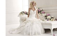 133997-halter-style-wedding-dresses-2.jpg 980×633 pixels