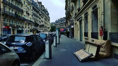 This is how you discard old furniture in Paris. http://ift.tt/2fMaZvh
