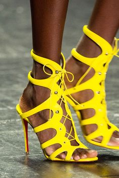You Don't Want to Miss the Shoes on NYFW's Spring Runways  Naeem Khan Spring '17