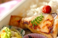 Saikyo marinated Spanish mackerel place made of frozen - Breakfast to Dinner - Spanish Mackerel, Mackerel Recipes, Frozen Breakfast, Good Food, Yummy Food, Mashed Potatoes, Lunch Box, Food And Drink, Meat