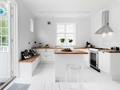White wooden floor in the kitchen