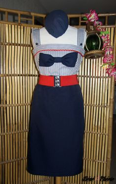Top bustier #navy #pinup #retro 40s style : 100% cotton top bustier, an original 40s style/navy pin up creation by Néné Chérie with ajustable braces, navy anchor buttons, navy blue bow on front. Ask for your size, other fabric possible.Top/bustier 100% coton, création originale par Néné Chérie de style années 40 navy pin up avec bretelles ajustables... #handmade