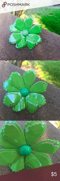 Vintage / Giant Flower Brooch Big bright green flower brooch. Authentic vintage, made of painted metal. Excellent condition. Add a flower power vibe to your outfit! 🌼🌸🌺 Vintage Jewelry Brooches