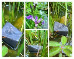 Raku-Schiffchen im Teich