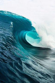 Ocean Waves by Russell Ord