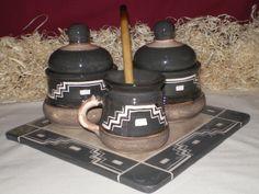 juego de mate negro Ceramic Painting, Tea Time, Decoupage, Clay, Ceramics, Mugs, Tableware, Pasta Piedra, Native American