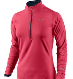 Nike Womens Element Zip Top in Coral is made with sweat-wicking stretch fabric and half-raglan sleeves for a comfortable fit that moves with you. Nike Free Shoes, Nike Shoes Outlet, Running Shoes Nike, Nike Free Runners, Curvy Petite Fashion, Running Shirts, Running Gear, Running Clothing, Running Jacket