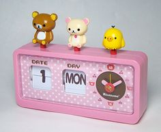 cute clock with Rilakkuma and all his friends!