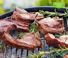 Lamb chops in red wine marinade