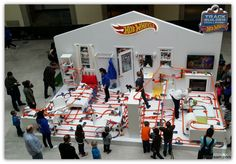 Hot Wheels® Ultimate Track Launch Party at the AGO hosted 630 feet of track! #HWTrackBuilder
