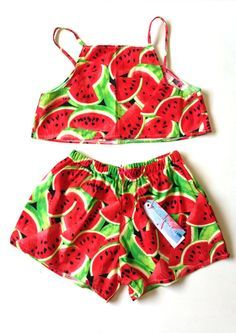 Items similar to Red Retro Watermelon Print V neck Crop Top and Shorts Set on Etsy Little Baby Girl, Little Girl Outfits, Baby Kids, Kids Outfits, Fashion Kids, Crop Top And Shorts, Crop Tops, Shorts E Blusas, Cute Baby Clothes