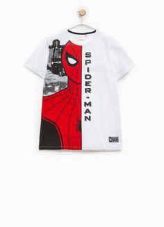 0bd203ccec373 Compra online Camiseta de algodón con estampado grande de Spiderman en  OVSFASHION.COM. Descubre las mejores ofertas en la categoría undefined de  la ...