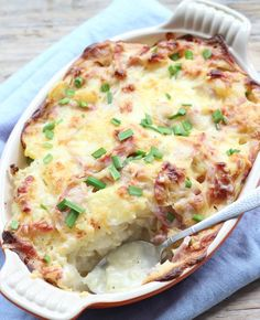 Cauliflower casserole - Flaironline - For you, about you - Is cauliflower on the menu tonight? Then make it into a delicious oven dish! Low Carb Vegetarian Recipes, Healthy Summer Recipes, Quick Healthy Meals, Vegan Dinner Recipes, Healthy Chicken Dinner, Healthy Chicken Recipes, Healthy Family Dinners, Oven Dishes, Healthy Slow Cooker