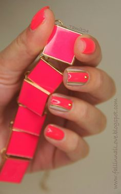 Hot pink & gold stripes. love this!