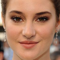 Shailene Woodley: Her Oscars Makeup