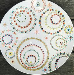Painted Ceramic Plates, Hand Painted Pottery, Pottery Painting, Ceramic Painting, Mandala Canvas, Mandala Painting, Dot Painting, Mandala Art, Stippling Art
