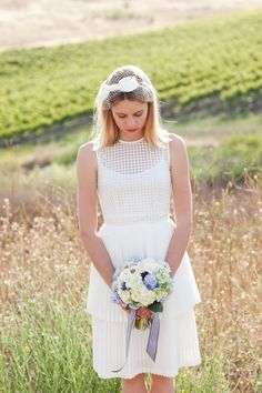 how cute is everything about this bride??