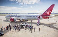 Virgin Atlantic Airways boss Richard Branson introduced the airline's new Boeing Dreamliner at Hartsfield-Jackson Atlanta International Airport. European Airlines, Turkish Airlines, Boeing 787 9 Dreamliner, Boeing 777, Turbofan Engine, Plane Engine, Miami Beach Hotels, Gatwick Airport, Best Airlines