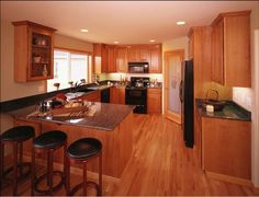 oak cabinets with granite slab countertops (update my kitchen without changing cabinets)