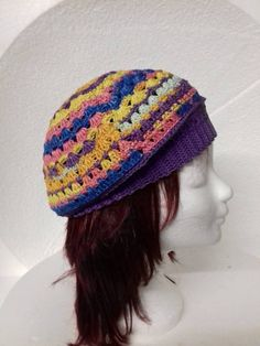 paars meer kleurige baret Crochet Hats, Fashion, Knitting Hats, Moda, La Mode, Fasion, Fashion Models, Trendy Fashion