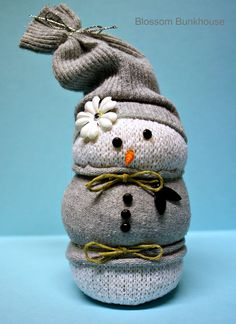 Sock snowman  I want to make these! :)