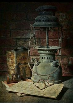 Beautiful and Handsome – Pin Old Lanterns, Vintage Lanterns, Abandoned Houses, Abandoned Places, Objets Antiques, Foto Art, Still Life Art, Oil Lamps, Still Life Photography