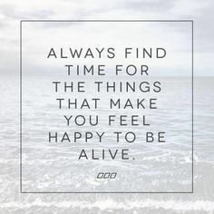 What makes you happy? #happyskin #happylife #beauty #inspiration #quotes #thinkCLn #CLnskincare