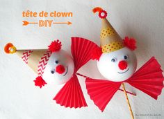auhasarddubazar | Tête de clown | Circus Crafts, Carnival Crafts, Carnival Decorations, Circus Art, Halloween Decorations, Craft Activities For Kids, Crafts For Kids, Clown Images, Magic Party