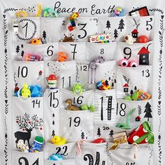 Peace on Earth Advent Calendar in All Christmas Decorations Christmas Makes, Noel Christmas, Christmas Wishes, Winter Christmas, All Things Christmas, Christmas Crafts, Homemade Advent Calendars, Diy Advent Calendar, Countdown Calendar